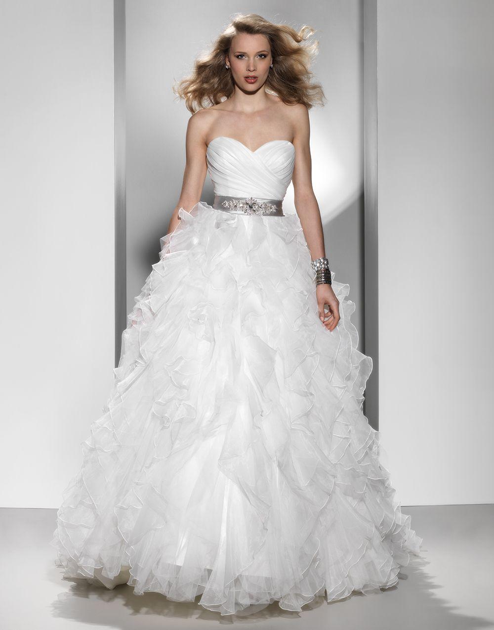 Justin alexander signature wedding dresses style strapless