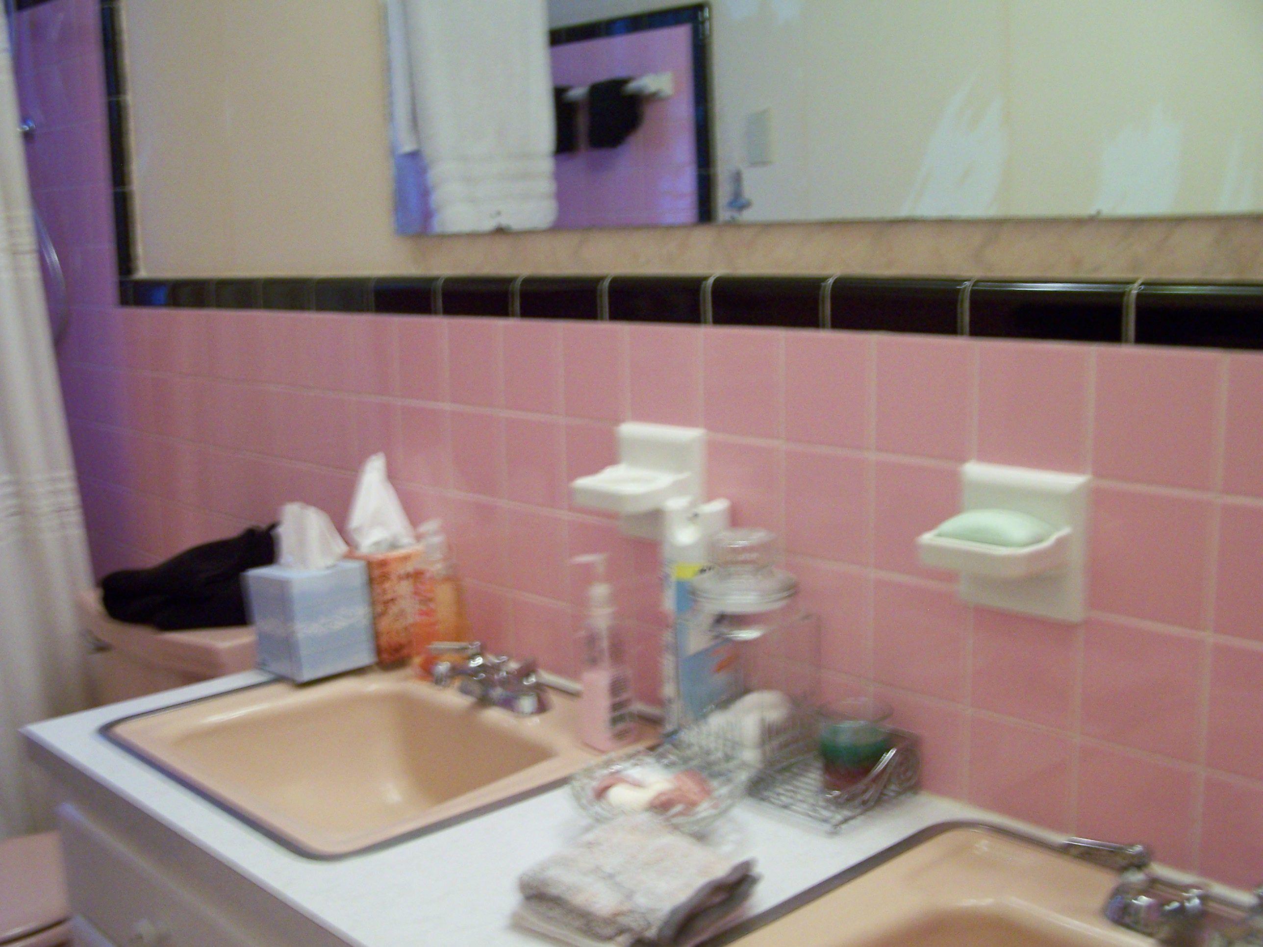 pink bathroom - before