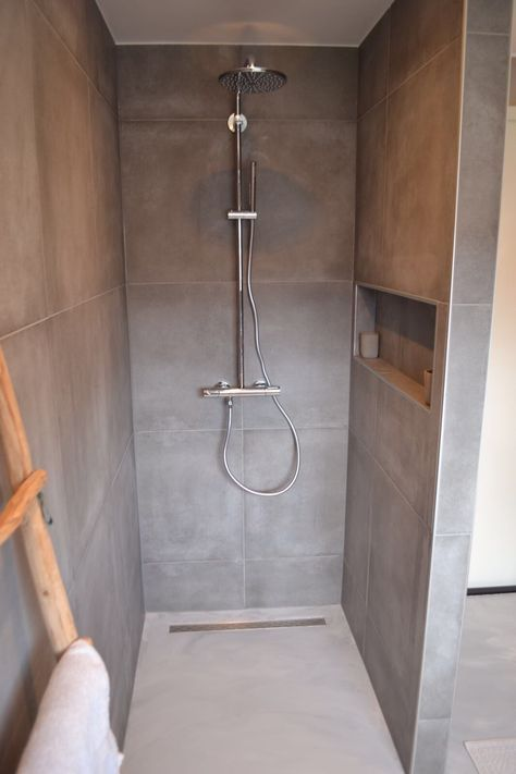 Badkamer Binnenkijken bij kimberley14 Arredamento