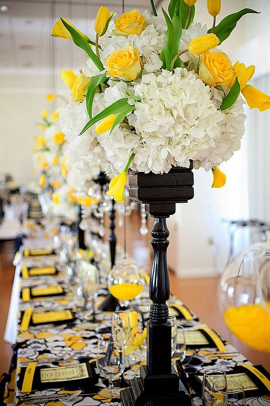 Striking yellow white black wedding tablescape for Black and white tablescape ideas