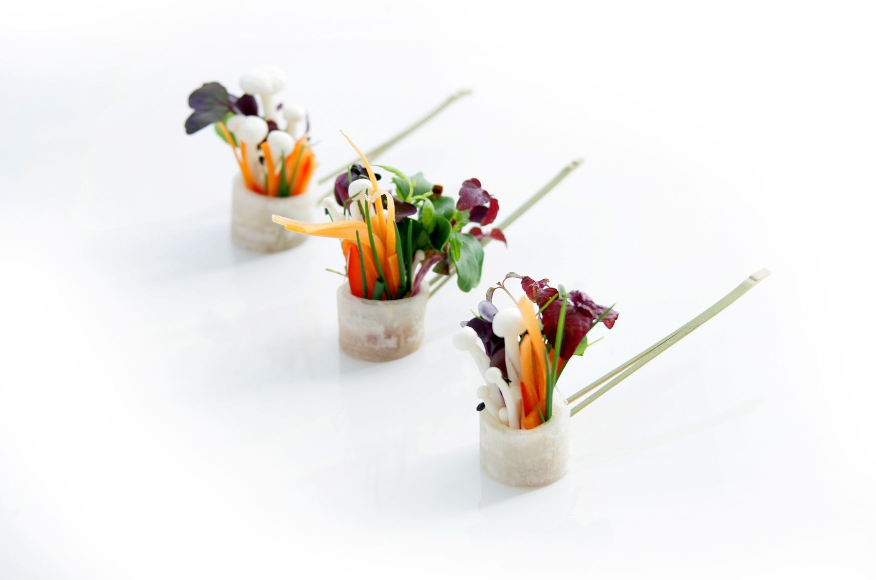 Enoki mushroom and asian sprout garden canape canapes for Canape oriental