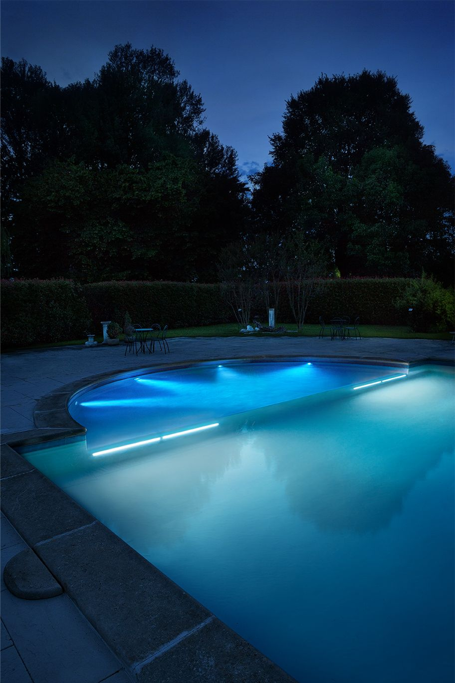 Featured Product By L L Luce Light Rio Sub 2 2 Swimming Pool Lights Outdoor Lighting Design Outdoor Lighting