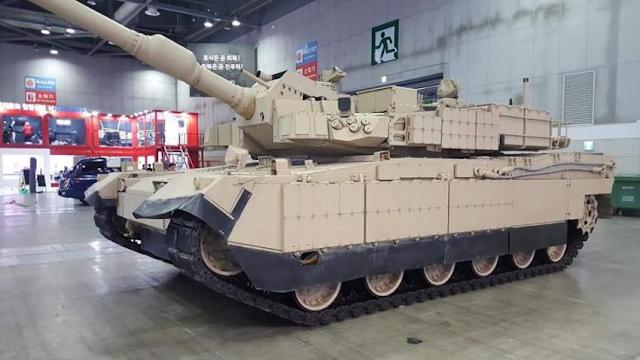 Rok Defense Desert Variant Of K2 Black Panther Unveiled At Dx Korea 2018 In 2020 Black Panther Korean Military War Machine