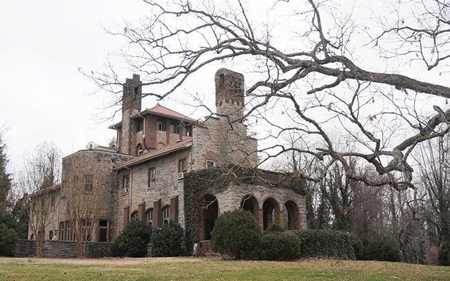 Oaks Castle S In The Air Property Returns To Market After Prospective Deal Falls Through Historic Home City Press Johnson City