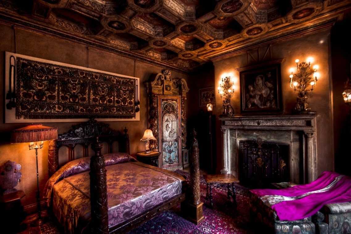 Guest Bedroom At Hearst Castle Been There W Theartofstyle Castle Bedroom Palace