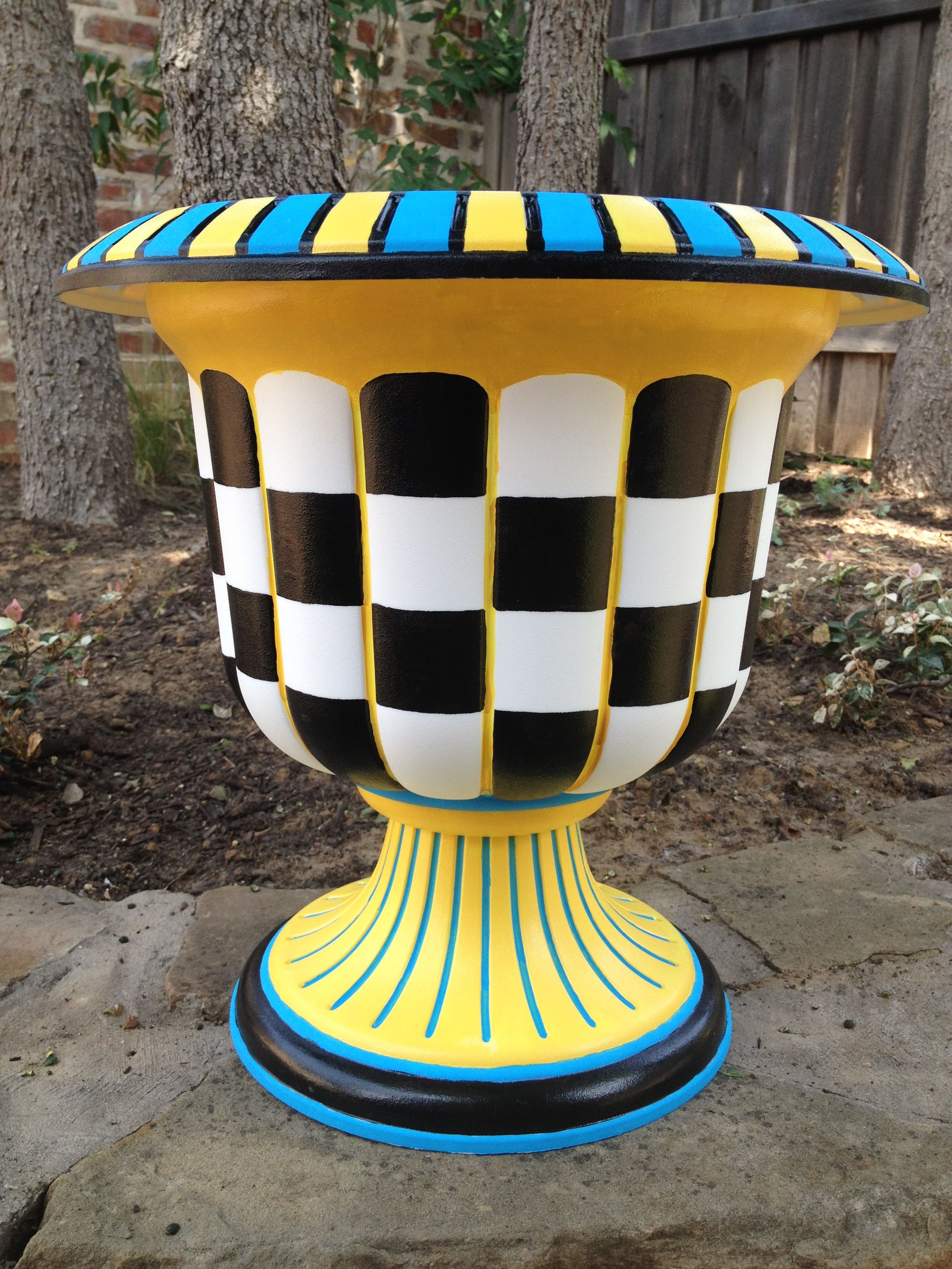 or stripes favors go planter planters use diy dots simple supplies whimsical an polka wbdiy paint can designs i painted you your step elegant sponges using to projects like argyle create did