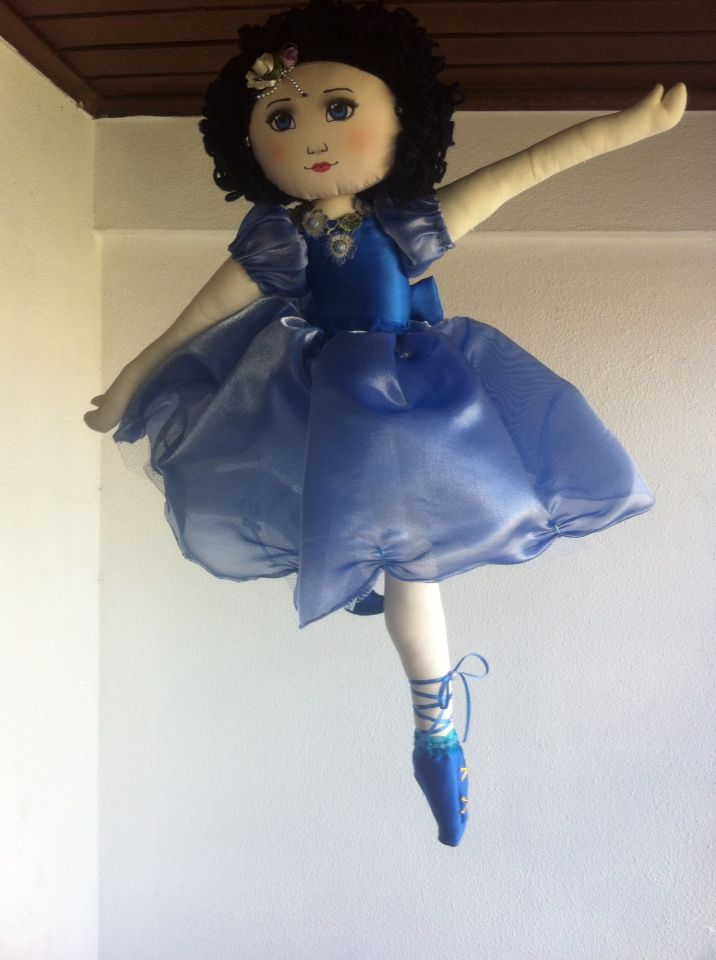 Bailarina de pano para pendurar ,azul.