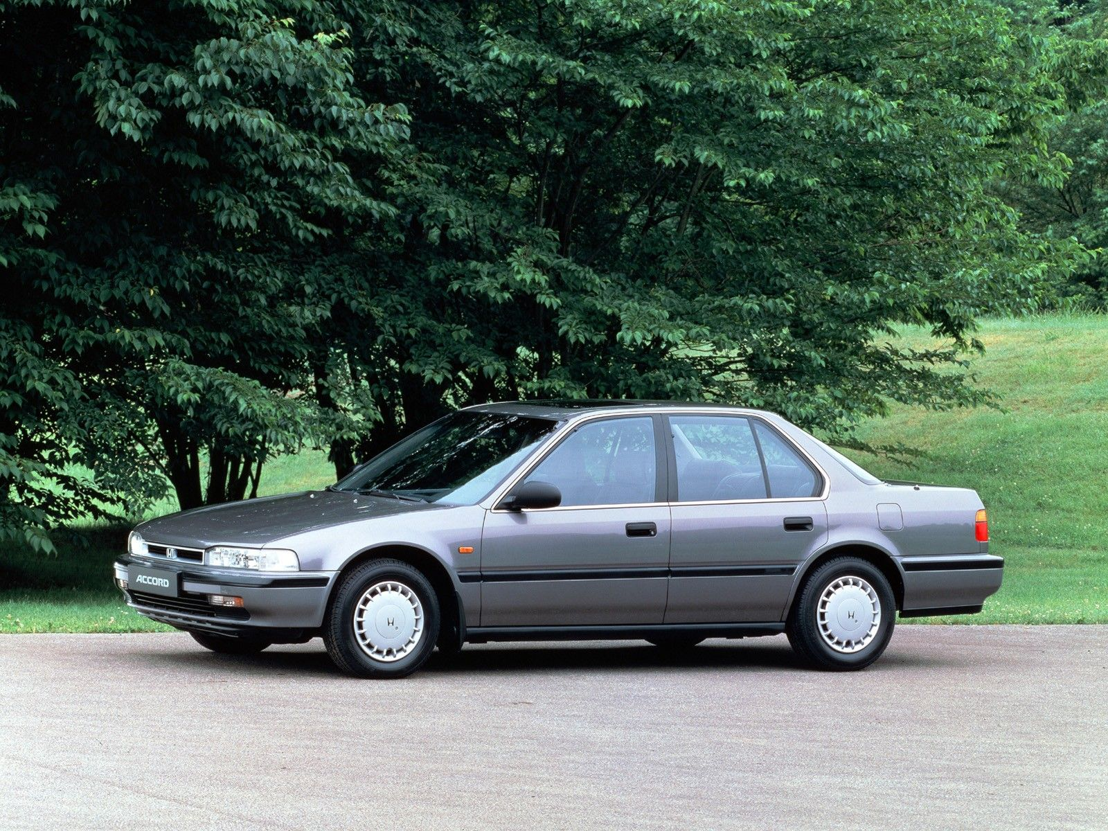 Kelebihan Honda Accord 89 Top Model Tahun Ini