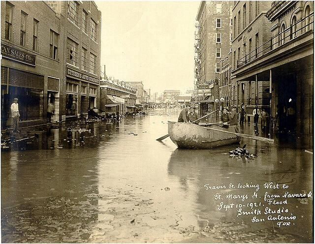 1921 San Antonio Flood Travis St Looking West Toward N St Mary S St This Was Before The Olmos San Antonio City Downtown San Antonio San Antonio Riverwalk