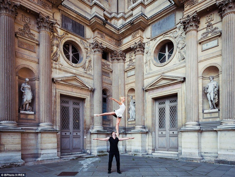 'We have big dreams for a two person show, but our ideas aren't fully together yet,' Ashlee says. A pointe on shoulders at the Louvre Museum http://dailym.ai/1r21iek