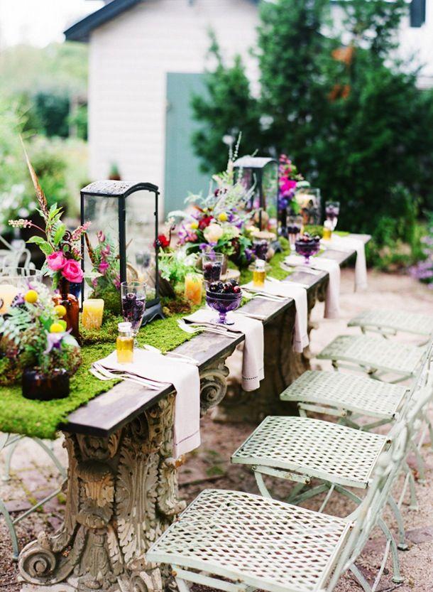 10 Best Springtime Tables