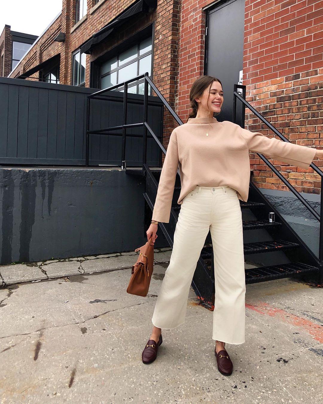 """Valeria Lipovetsky on Instagram: """"I walk around li"""