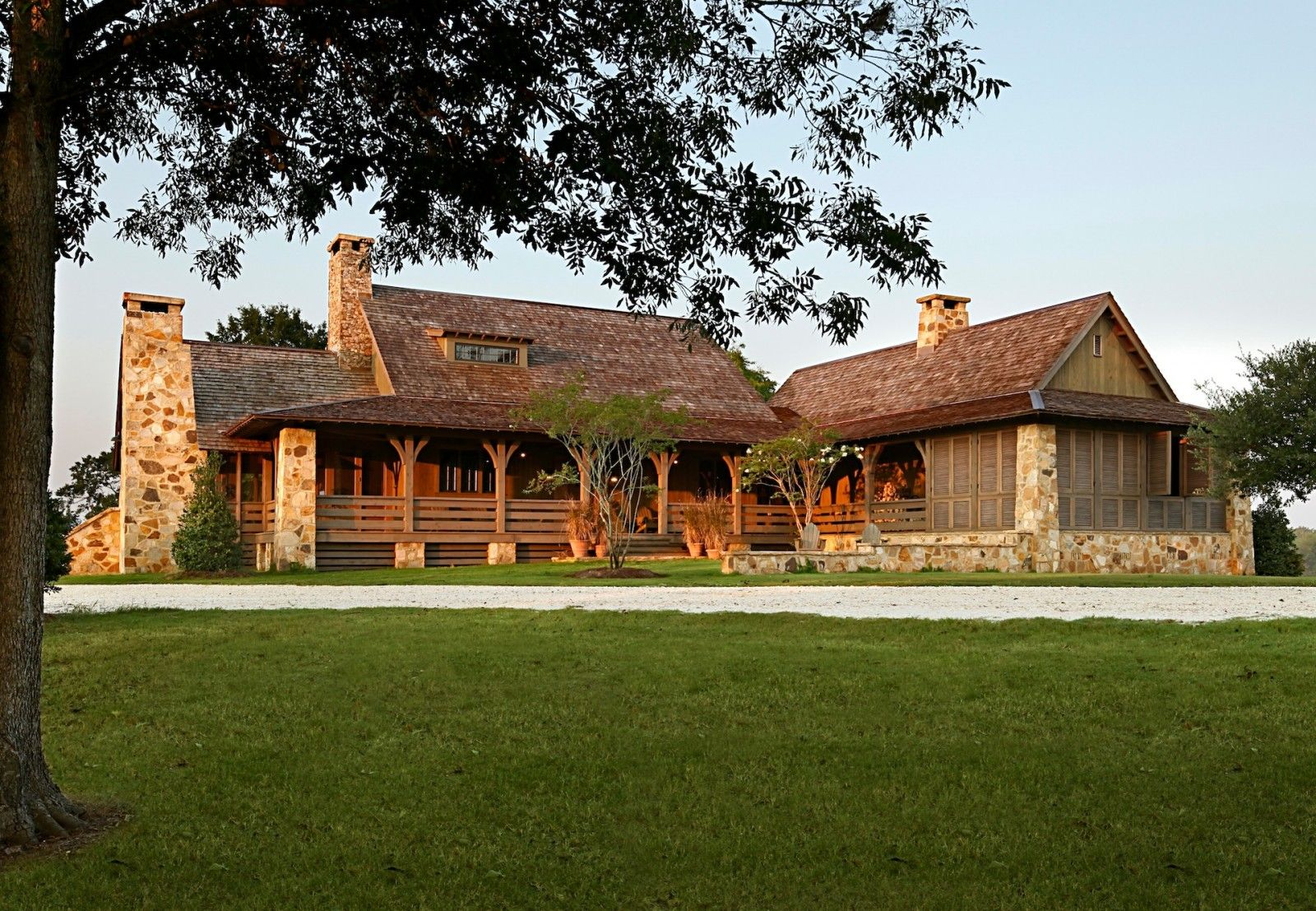 Country Farmhouse Jeffrey Dungan Architects Ranch