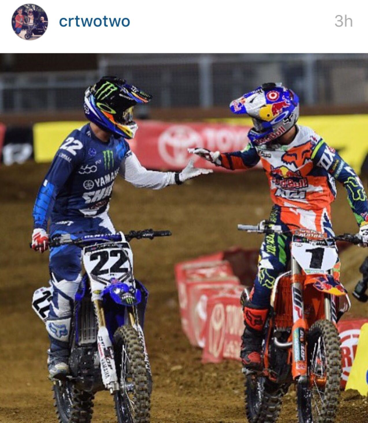 22 Chad Reed Congratulates 1 Ryan Dungey On His Win At San Diego