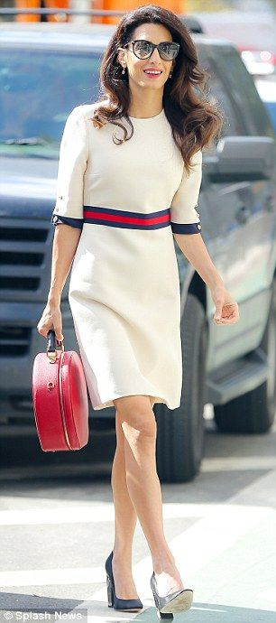 Look Chic In Amal S Gucci Dress Dailymail