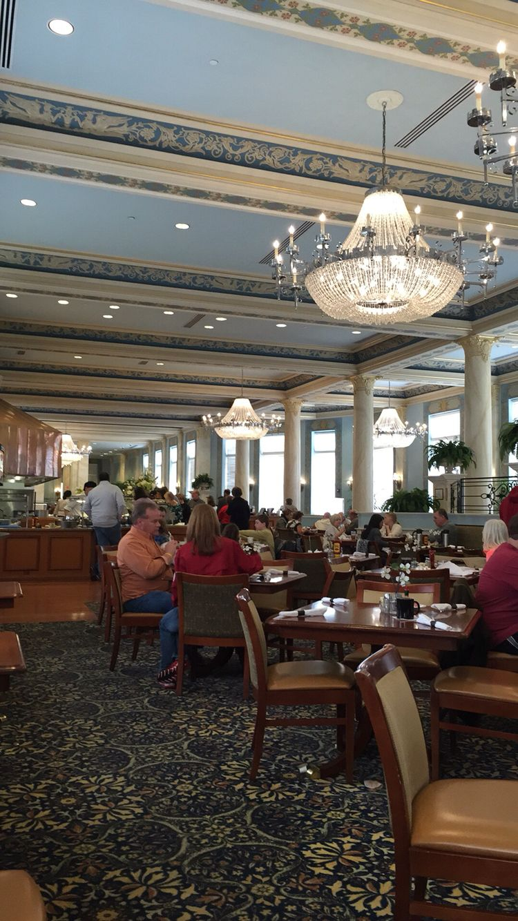 The Grand Colonnade Restaurant At French Lick Springs Hotel