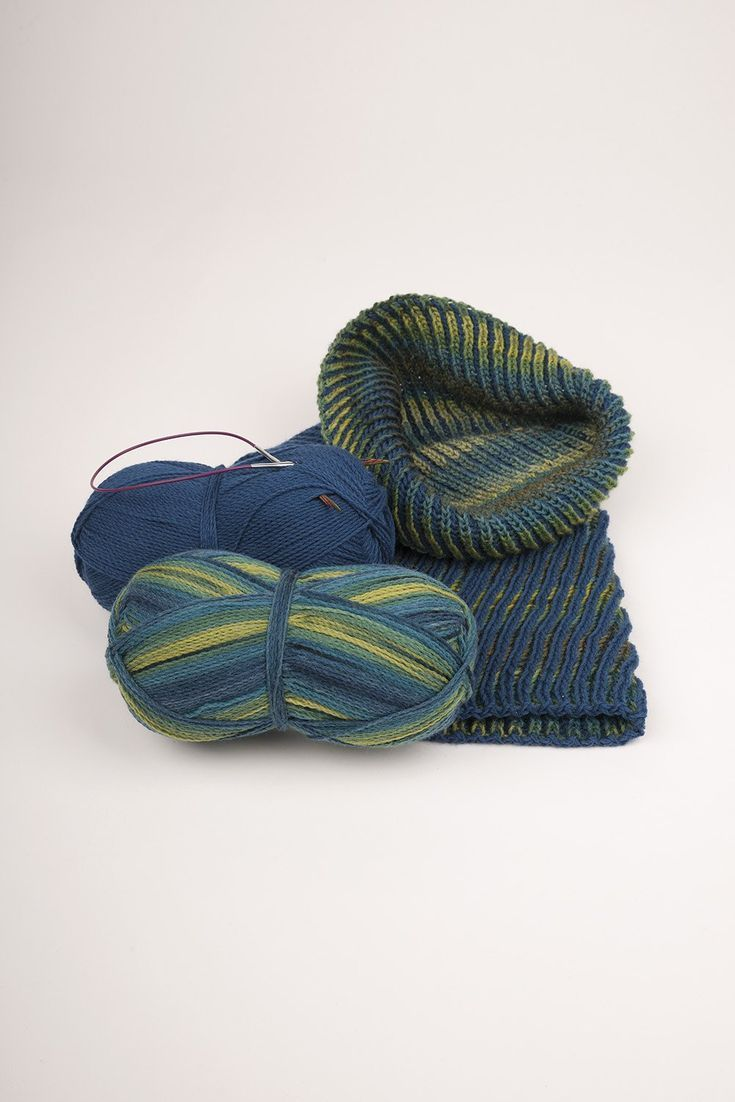 Strickanleitung Loop aus Sockenwolle Strickanleitung Loop aus Sockenwolle