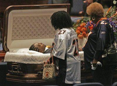 famous open casket funerals news celebrity gossip darrent