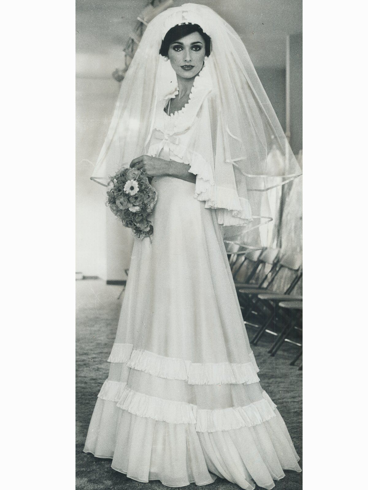 Vintage Brautkleider | Grey weddings