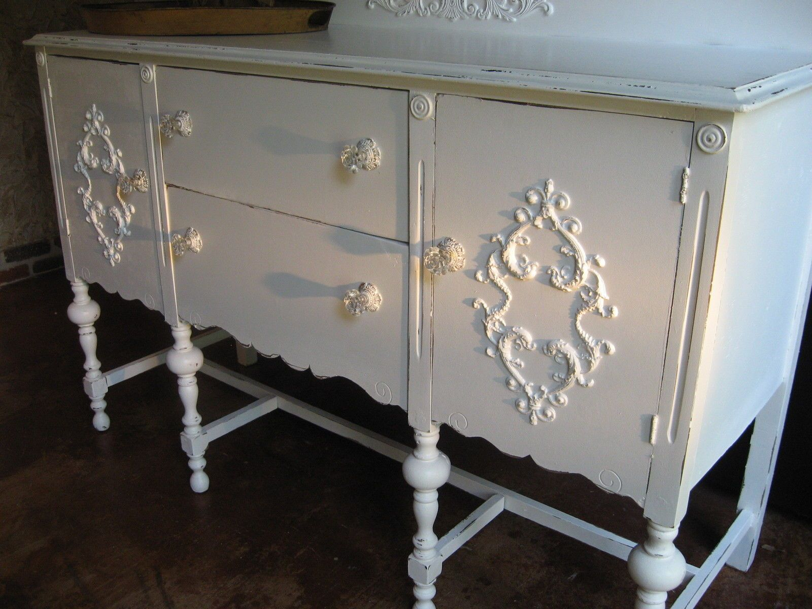 Diy shabby appliques architectural appliques shabby chic furniture
