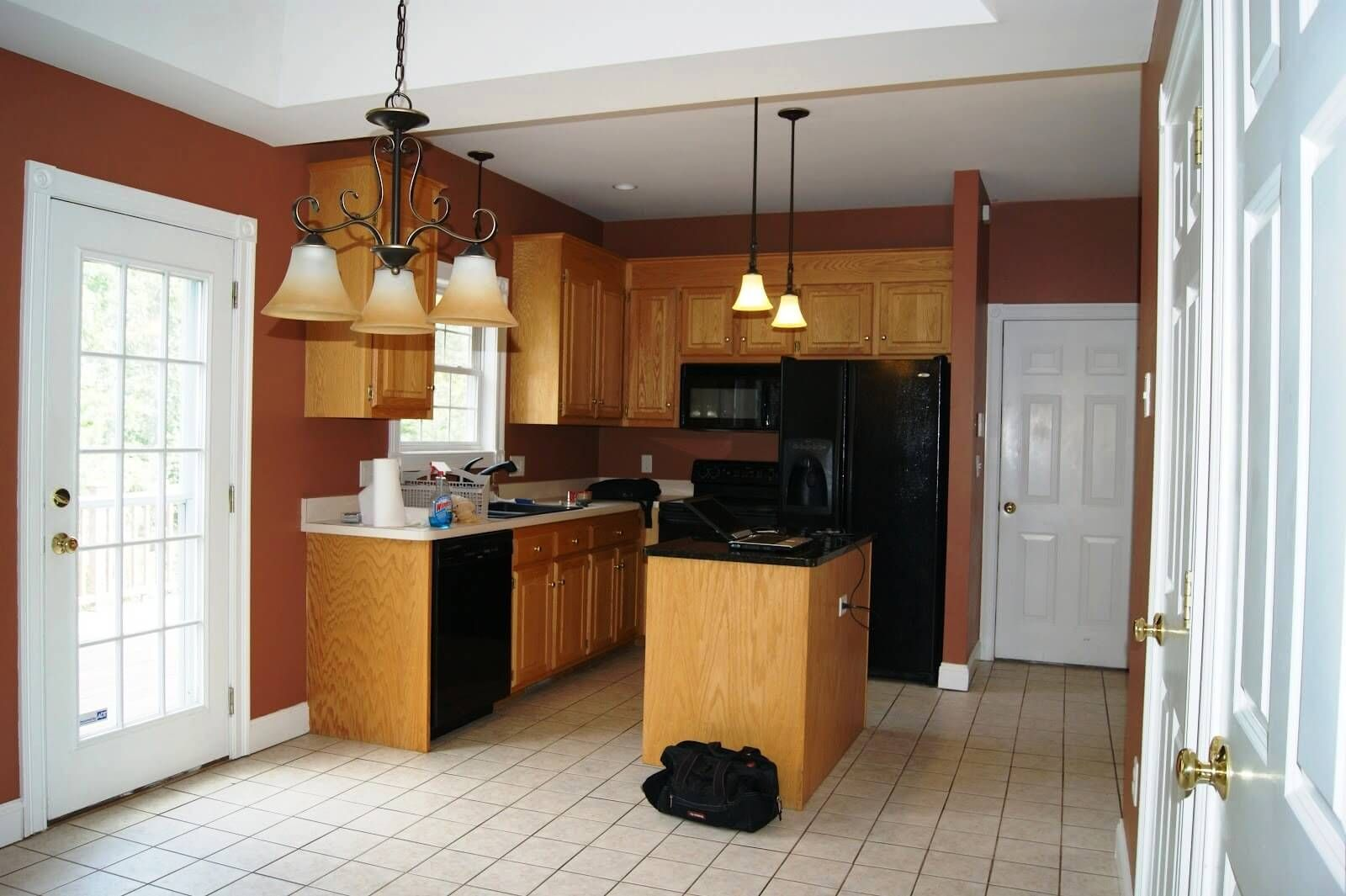 Küche interieur farbschemata herrliche alte küchenschränke  gelb rot blau weiß grün und grau