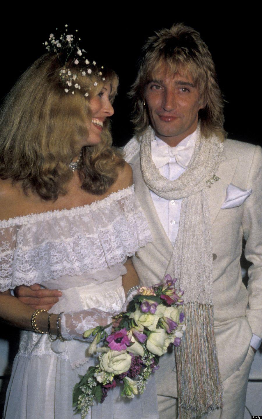 Rod Stewart And Alana Hamilton In 1979 Celebrity Wedding Photos Celebrity Weddings Hollywood Wedding