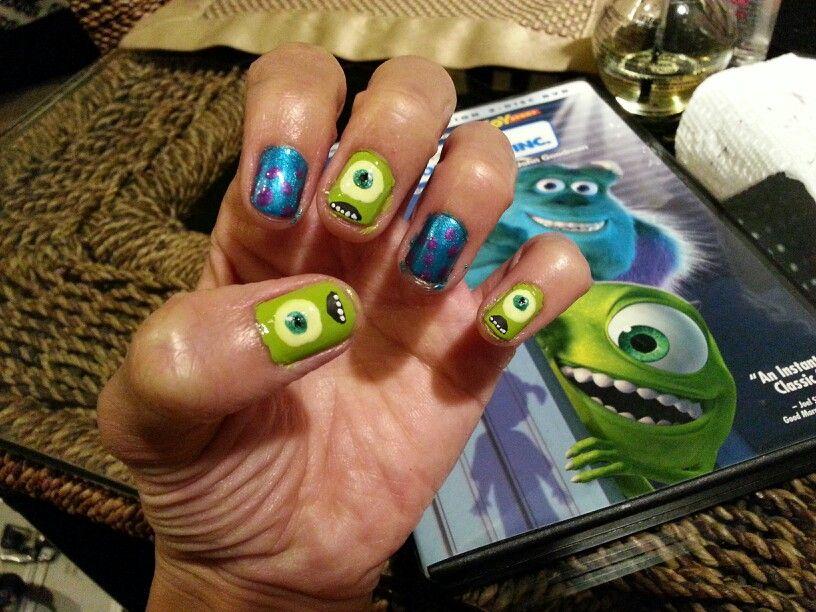 Mike Wazowski nail! Monster\'s Inc nail art. Disney nail art | Disney ...