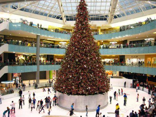 Christmas tree at the Galleria Dallas, TX! | Christmas ...