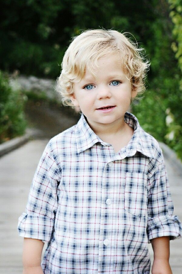 Cute Little Boy With Blonde Hair And Blue Eyes Toddler Hairstyles Boy Toddler Haircuts Baby Haircut