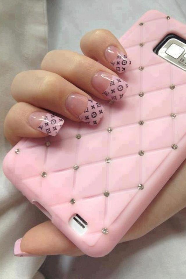 Louis Vuitton en mis uñas | UÑAS!! | Pinterest | Nail nail, Chanel ...