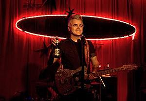 """""""The official page for Dale Watson-America's premier honky-tonk, country, Americana rock 'n' roller."""""""