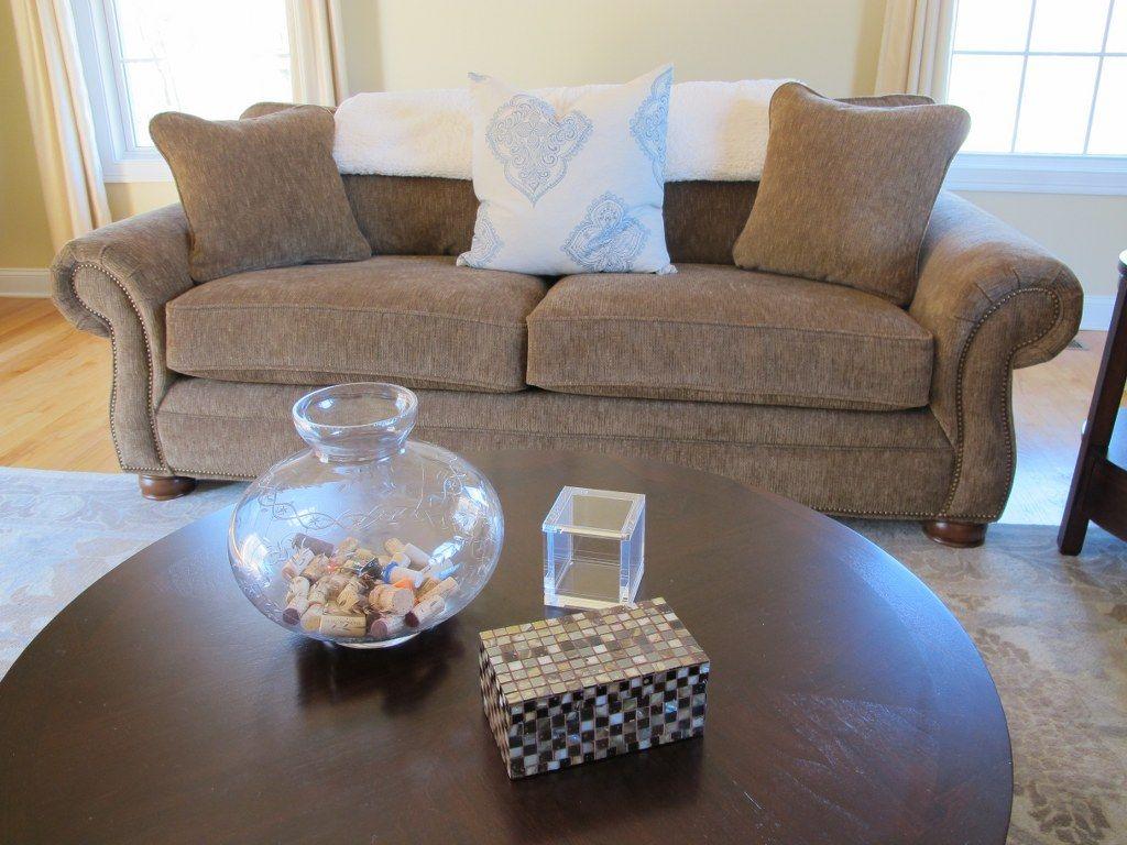 Simple Coffee Table Decor Decorating Coffee Tables Coffee Table Centerpieces Cool Coffee Tables