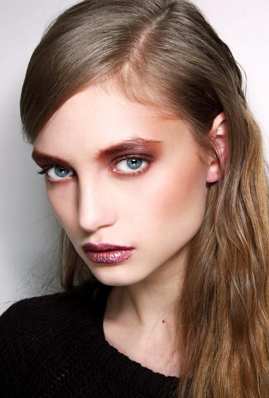 101 Party Makeup Ideas 2016   rose gold makeup look, 90s   Holiday makeup