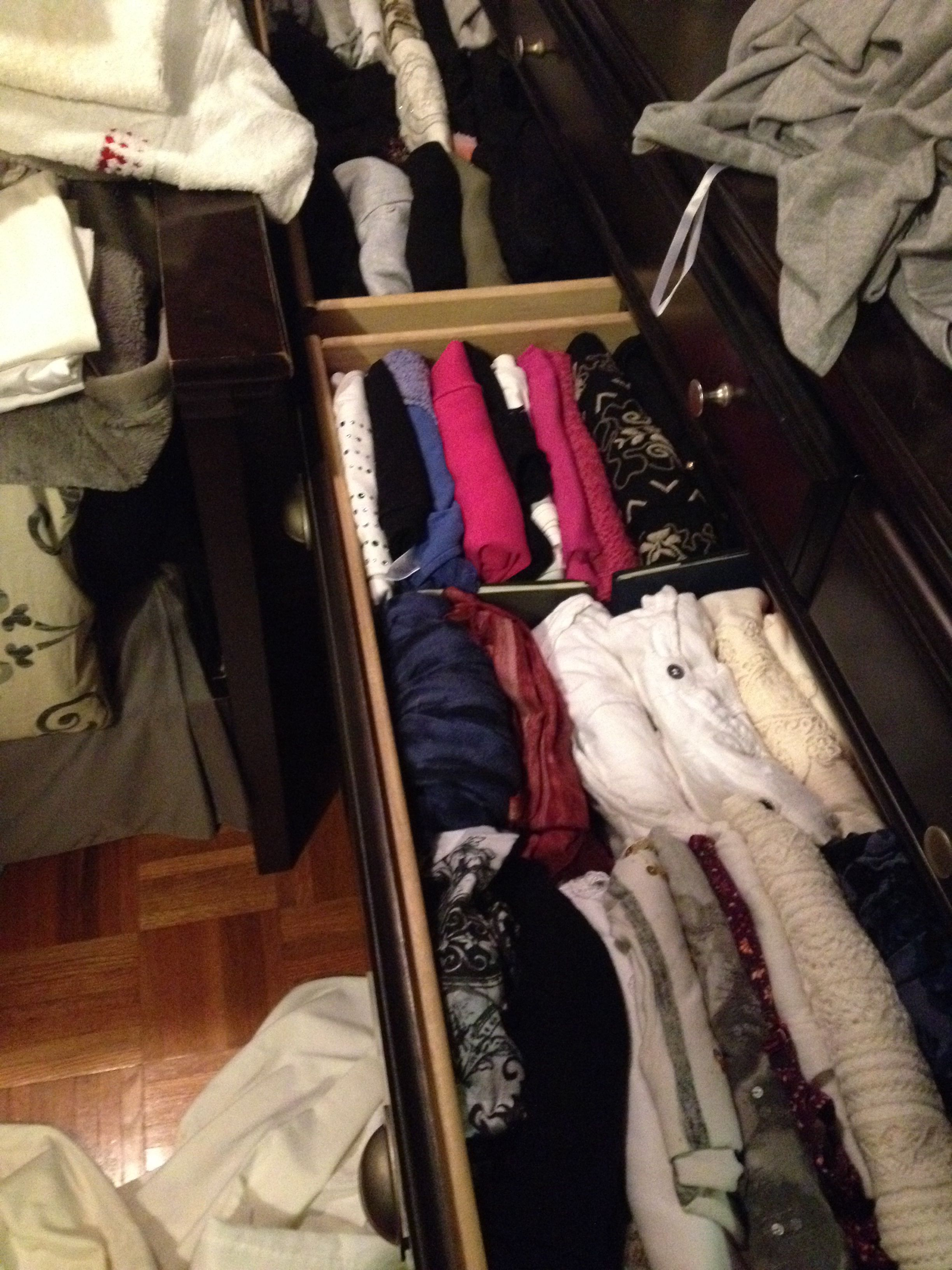 Thx Pinterest / my tops are still perfectly organized 3 weeks later. I can see all my tops at a glance. I did every single drawer like this. It's perfect