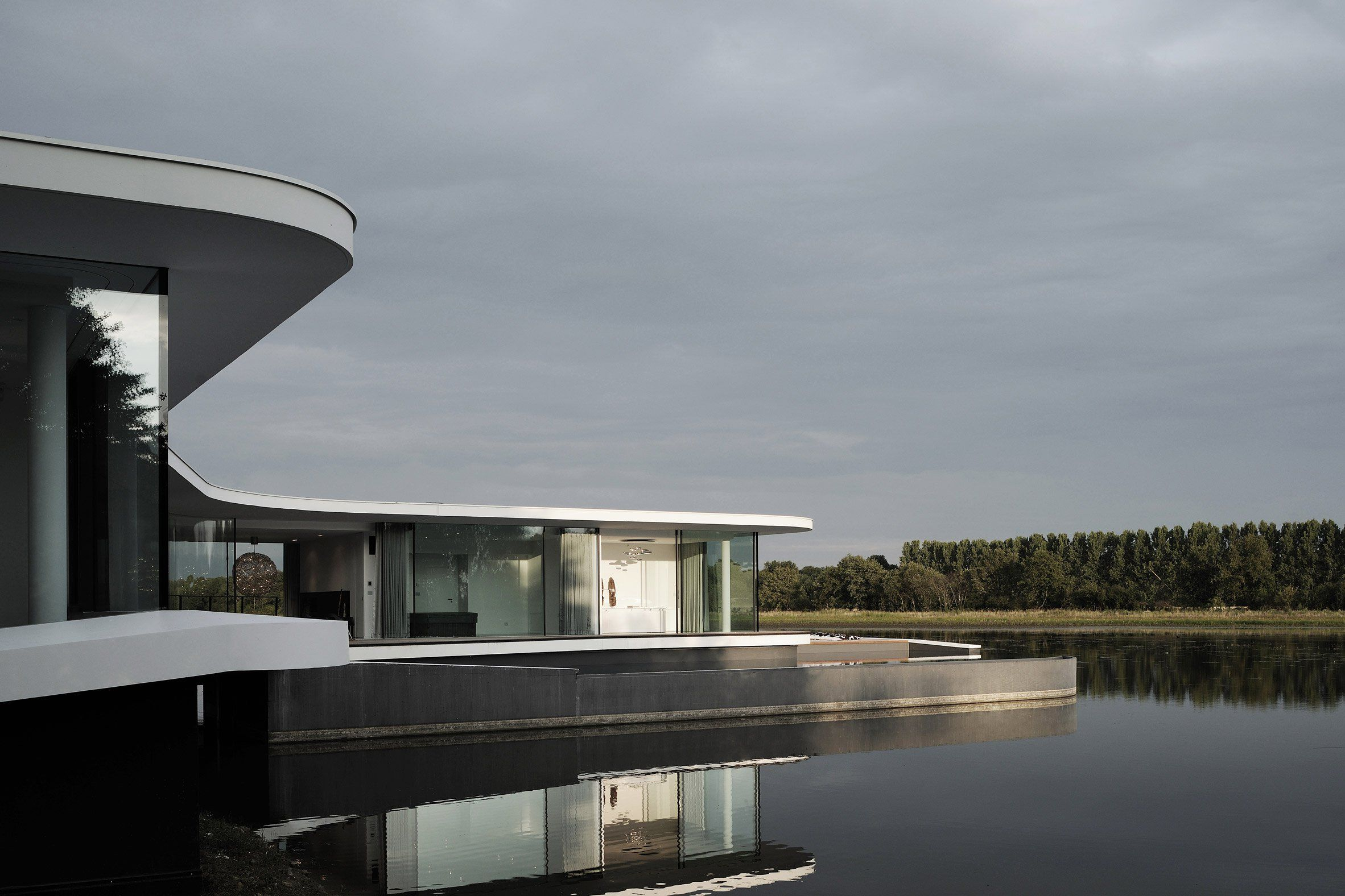 White Snake House by AUM | ARCHITECTURE | Pinterest