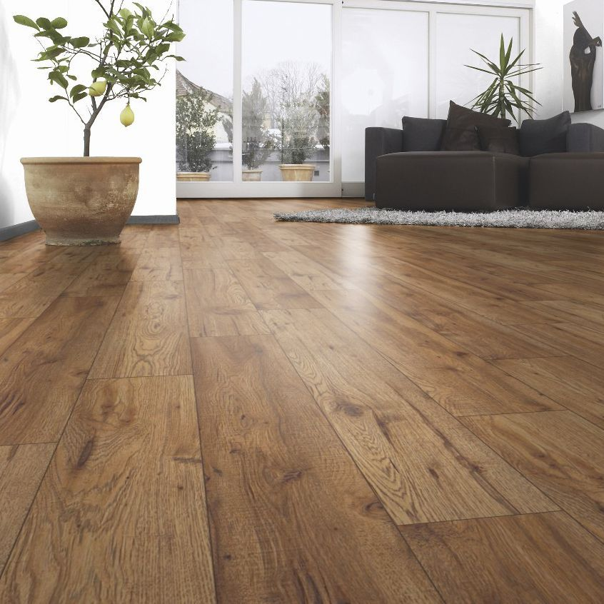 Ostend oxford oak effect laminate flooring m pack for Floating laminate floor