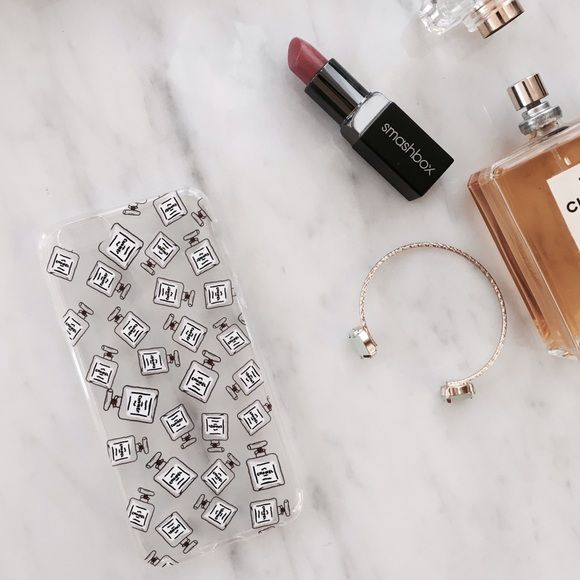 NEW Perfume bottles iPhone 6/6s case Brand new adorable everyday chic iPhone 6/6s Chanel perfume bottle logos! Never used, no tags. No trades Accessories Phone Cases