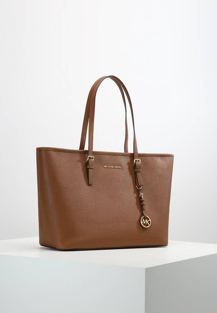 Michael Michael Kors Jet Set Travel Handtasche Brown Obermaterial Leder Tragehenkel 21 Cm Bei Grosse One S Mit Bildern Handtaschen Handtasche Braun Taschen