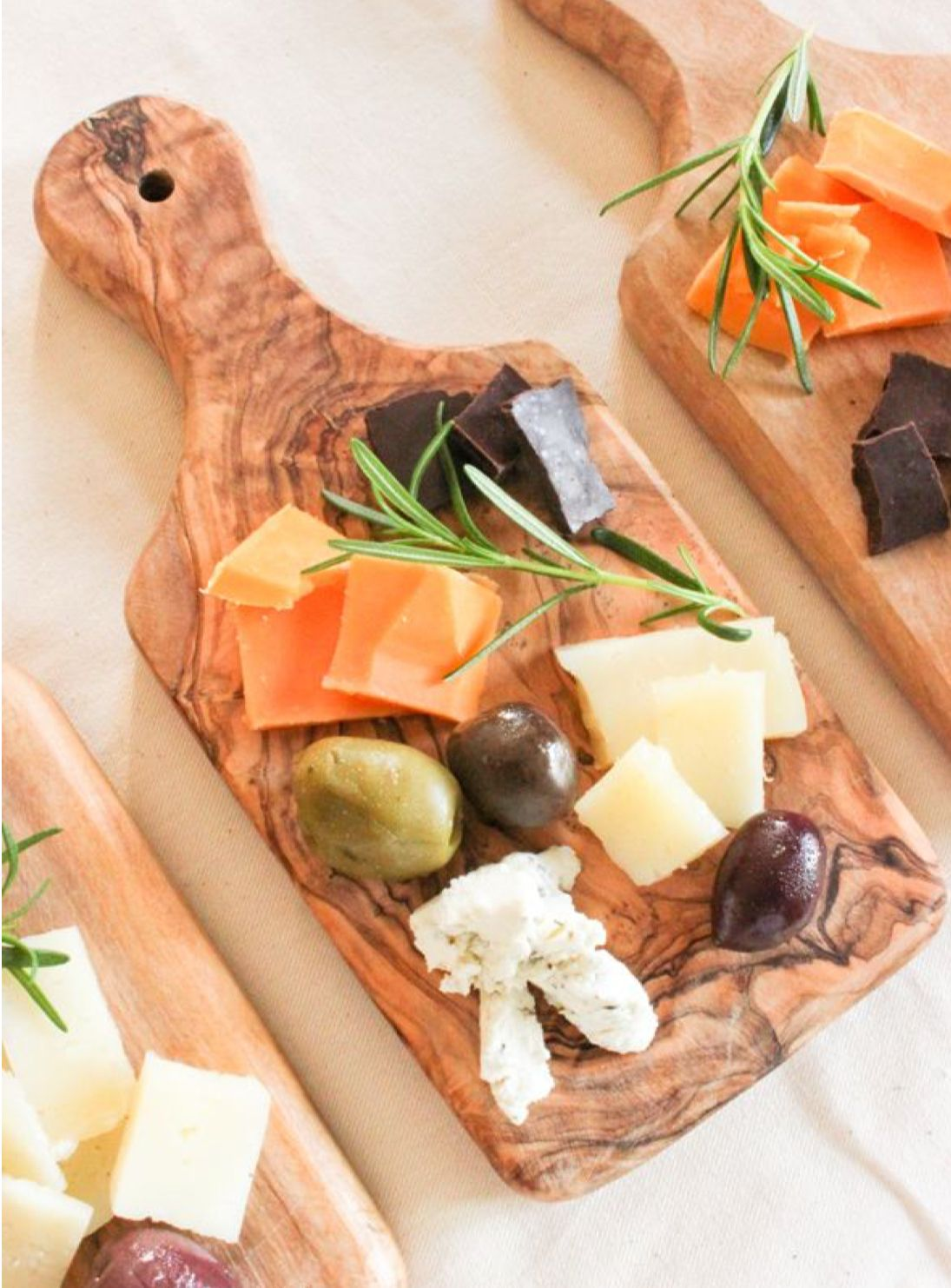 Individual Charcuterie Board Cheese Plate Presentation Charcuterie And Cheese Board Cheese Party
