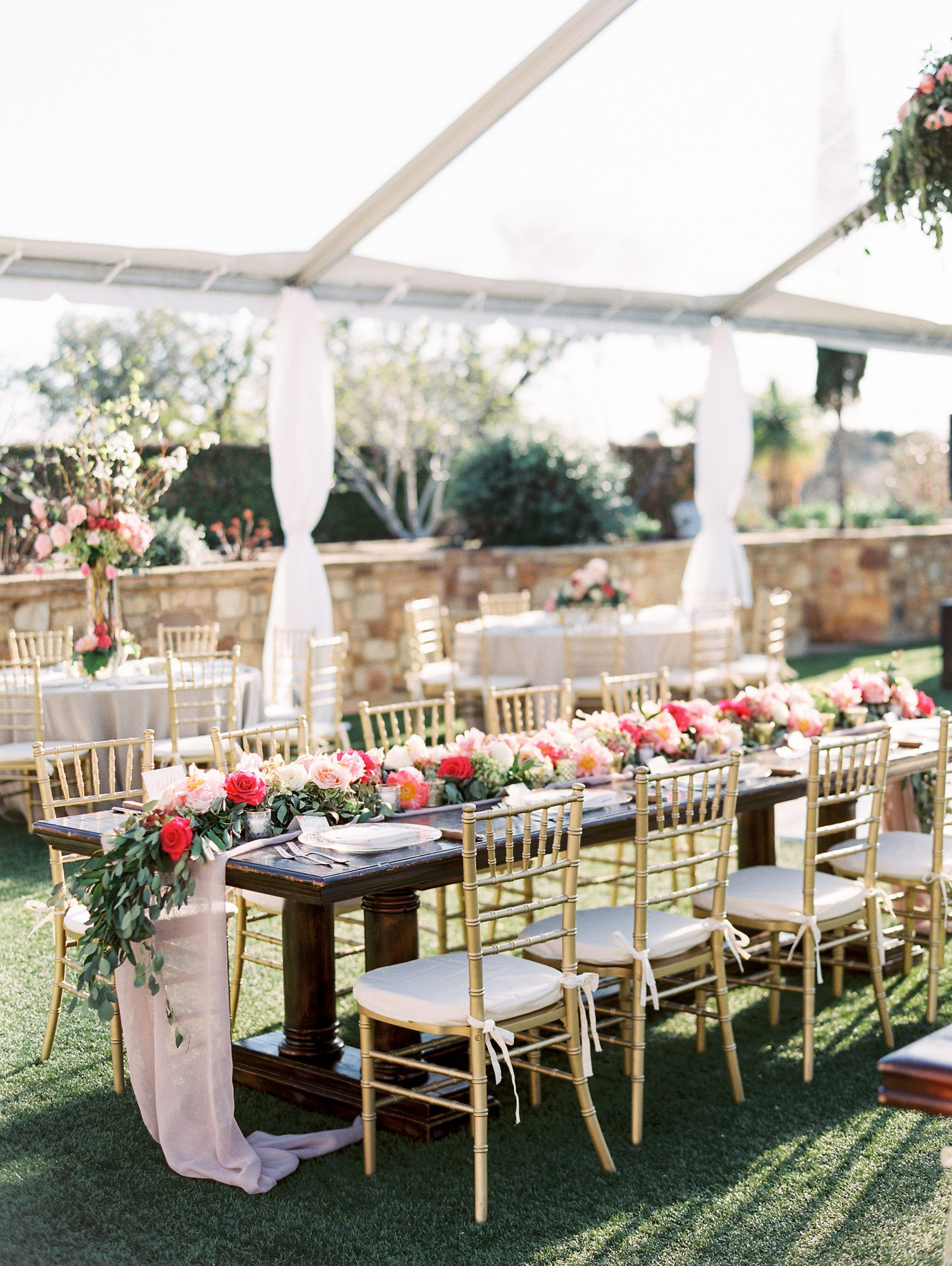 A Lush Garden Wedding In Texas Hill Country Table Runners