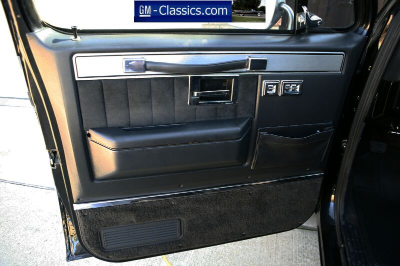 Stock Door Panel With Electric Windows Classic Chevy Trucks Chevy Trucks Truck Interior