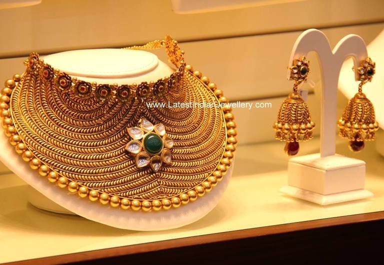 b7df1d19860208 Charming Bridal Choker Necklace | indian wedding jewelry/Jewelry ...