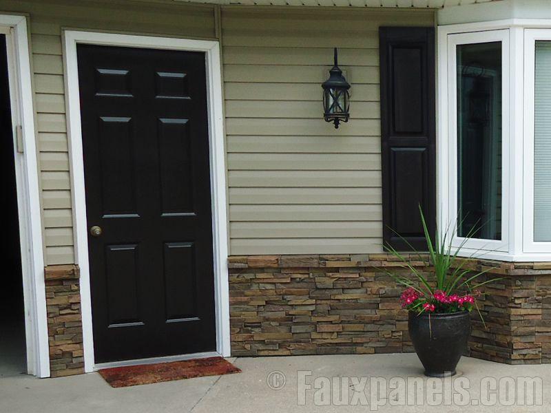 Easy Wainscoting With Imitation Stone Creative Faux Panels House Exterior Exterior Brick Veneer Exterior Brick
