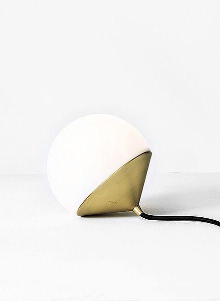 designer guilherme wentz more on aesence blog lights pinterest leuchten haus bauen und. Black Bedroom Furniture Sets. Home Design Ideas