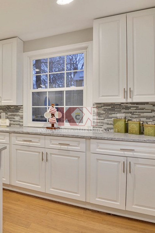 Assembled Kitchen Cabinets Gramercy White In 2020 Assembled Kitchen Cabinets Kitchen Cabinet Kings Online Kitchen Cabinets