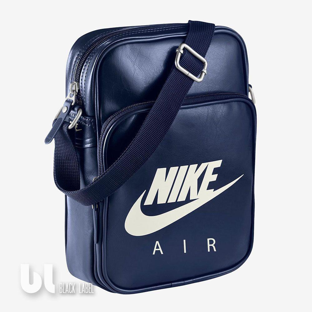 7fedad5cd8cb6d Nike Air Heritage Si Small Items II Tasche Schultertasche Umhängetasche Blau  Uni in Kleidung   Accessoires