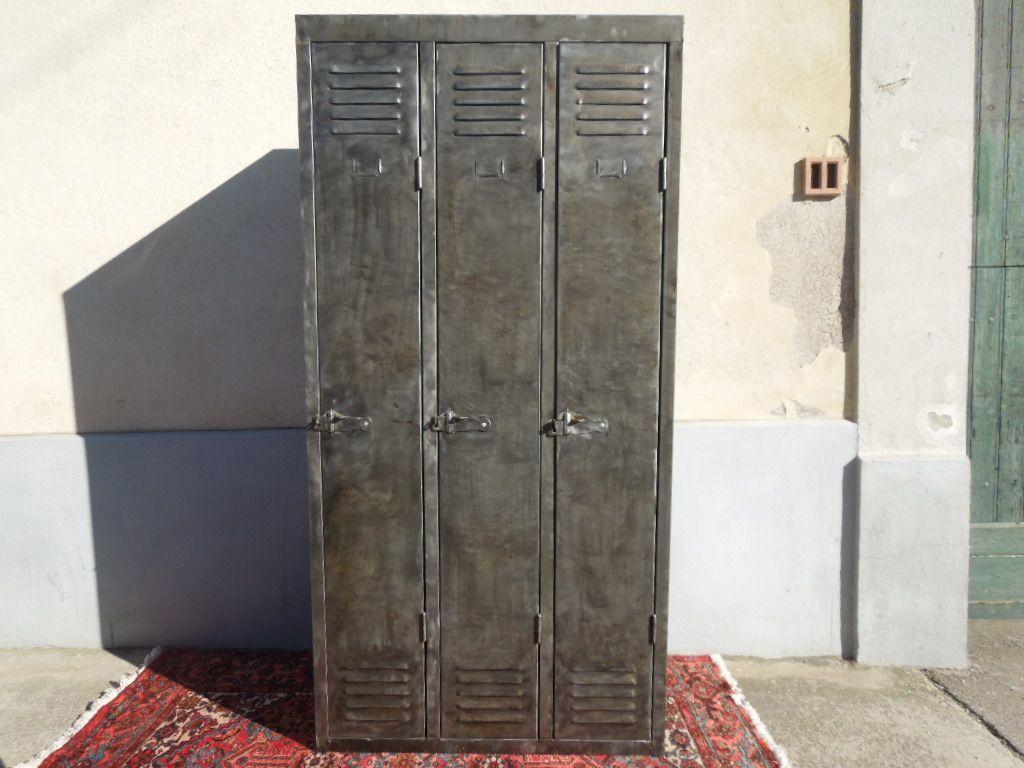 Table basse pour petit salon 16 mobilier industriel armoire metallique vestiaire achat - Petite armoire metallique ...