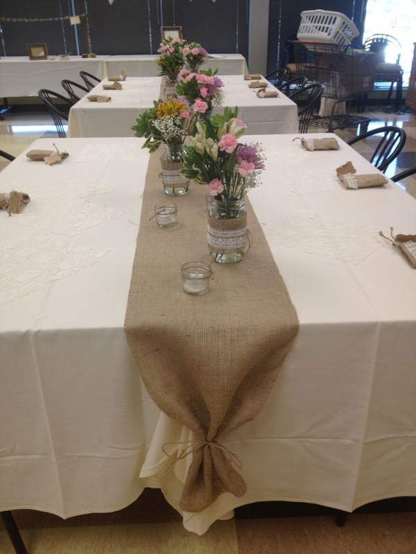 Table+runners+for+round+tables | Burlap Table Runner Round Table