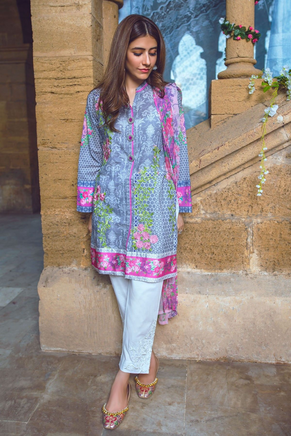 Pin by ekam on punjabi suits pinterest beautiful actresses and