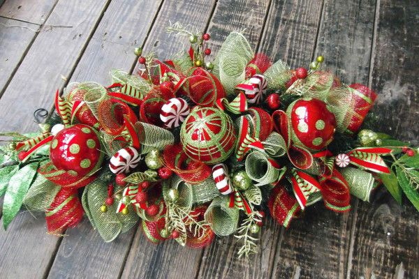 diy christmas table centerpiece ideas 4 600x400 christmas centerpiece ideas - Diy Christmas Centerpieces